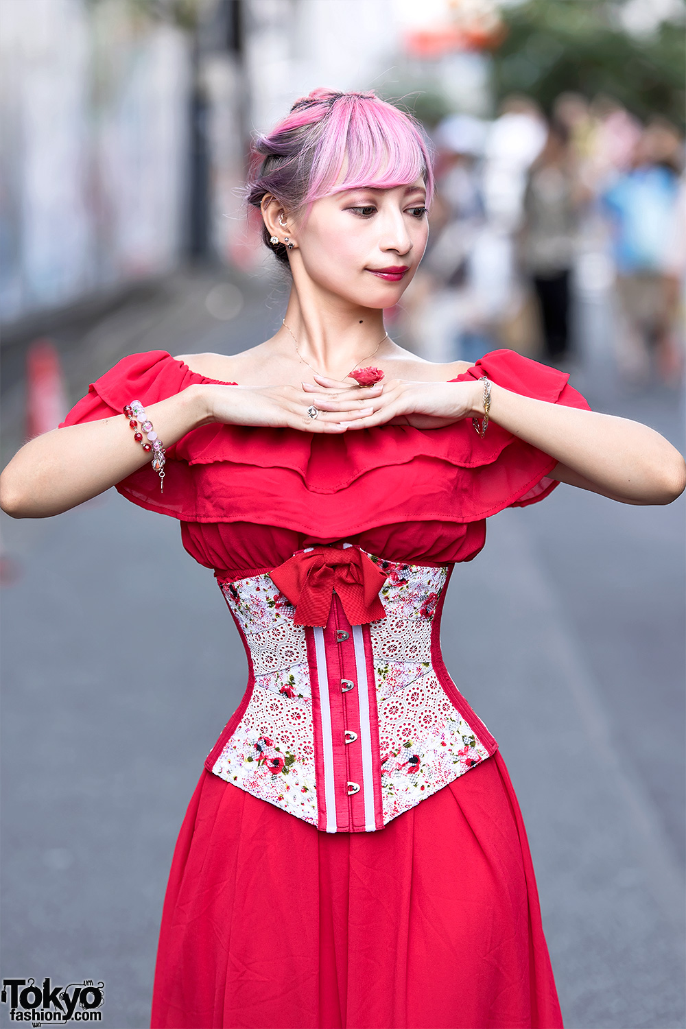 Handmade Japanese Corsets By Unisex Peanuts On The Street
