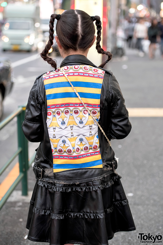 Harajuku Teens in Colorful Street Styles w Kinji Vintage
