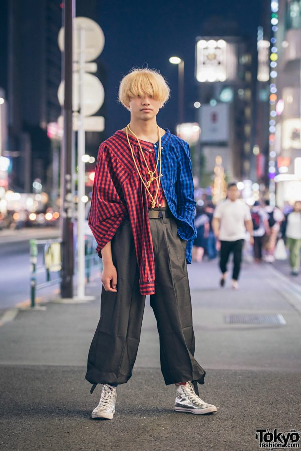 Harajuku Guy in Plaid Street Style w/ Deconstructed Shirt, Rope Necklace & Silver Sneakers