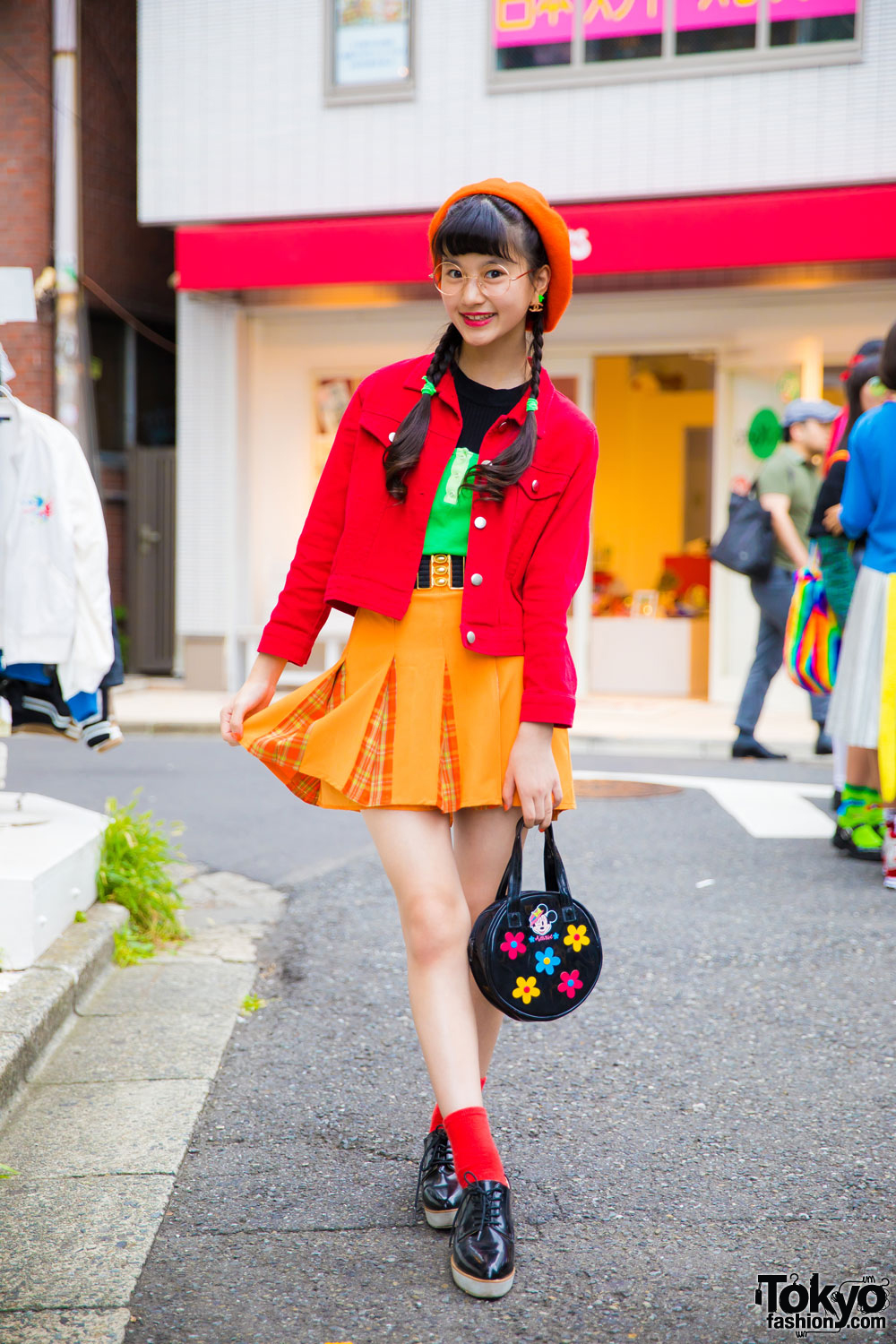 Japanese Model/Actress in Vintage Color-Coordinated Street