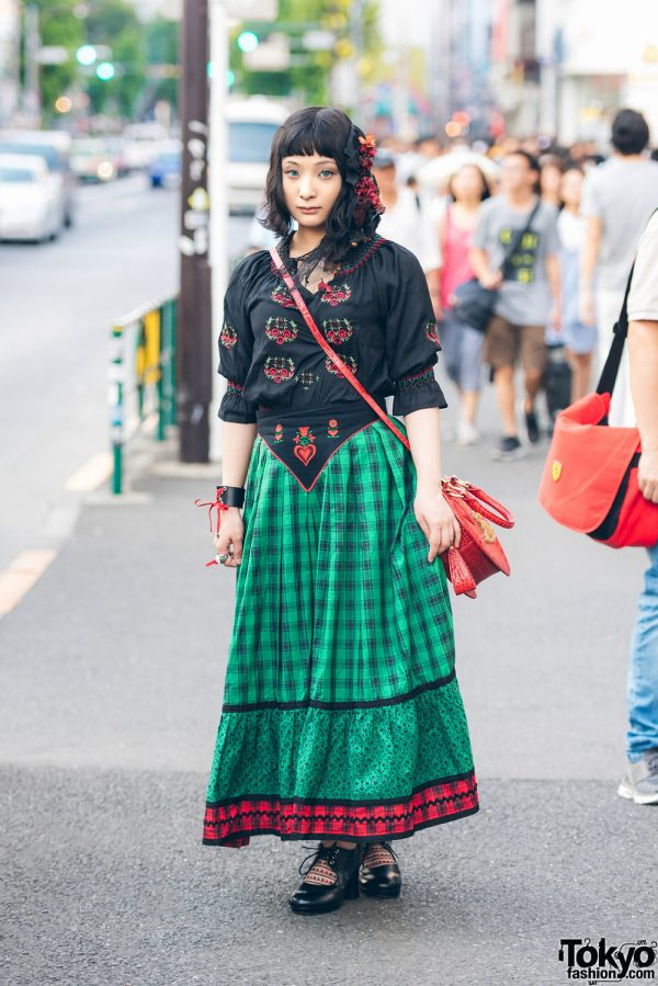 Harajuku Girl in Embroidered Top & Vintage Skirt w/ Grapefruit Moon, Dangerous Nude & Ayacho