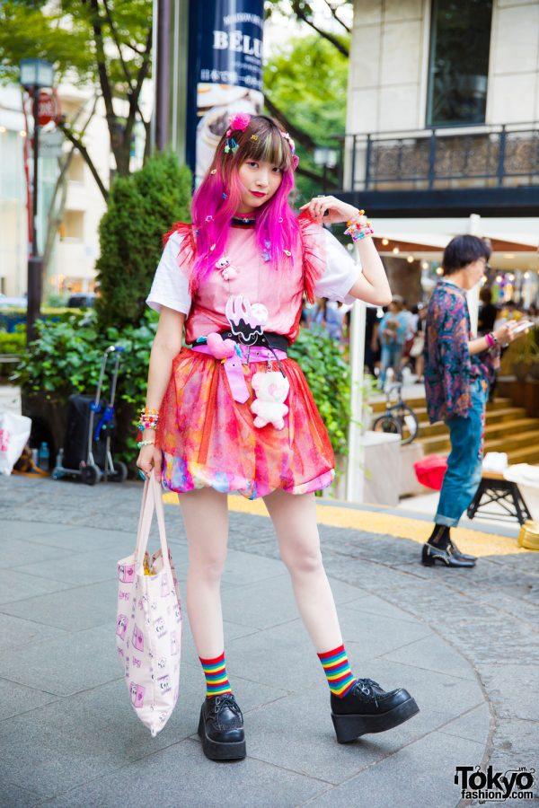 Pink-Haired Harajuku Girl in Kawaii Fashion w/ WC x Esther Kim, Miya Nishiyama, 6%DokiDoki, WEGO, Gemme, Sakura Pop Candy, Candy Stripper, Bubbles & Spinns