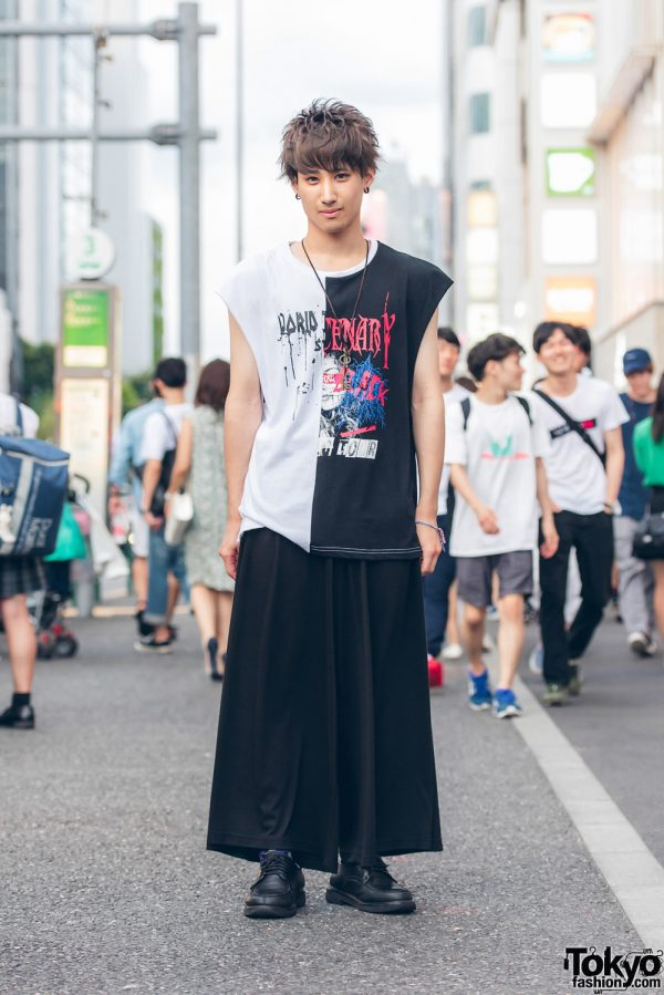 Harajuku Guy in Black & White Street Style w/ Sleeveless Band Shirt, HVC Wide Leg Pants & Lace Up Shoes