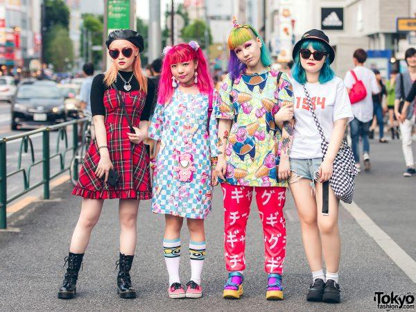 Colorful Hair & Fashion in Harajuku w/ Sagi Dolls, Vivienne Westwood, Powerpuff Girls, Galaxxxy, Gosha Rubchinskiy, Tokyo Bopper & Gucci
