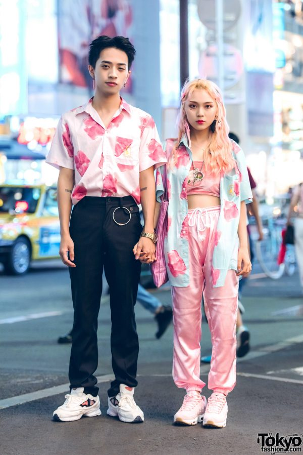 Pink Harajuku Street Styles w/ Matching Shirts, Doll Parts & Nike Air Max Sneakers