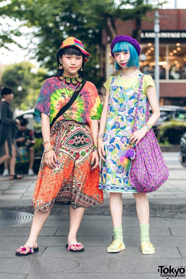 Harajuku Girls in Colorful Vintage Mixed Prints Fashion, Tie Dye & Hats