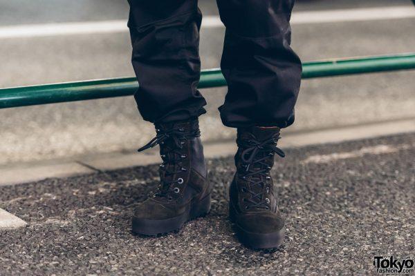 yeezy combat boots season 3