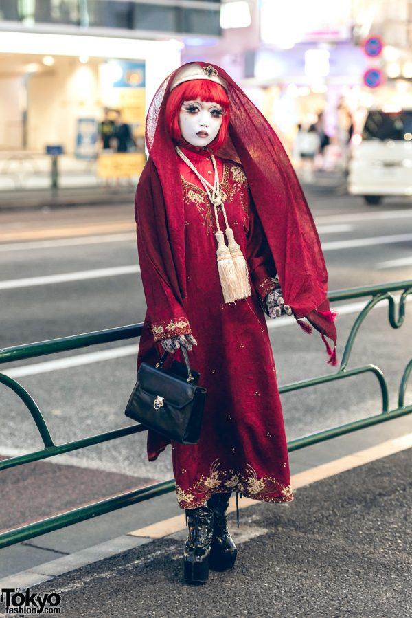 Shironuri Artist Minori in Harajuku w/ Vintage & Handmade Fashion, Velvet Dress & Veil
