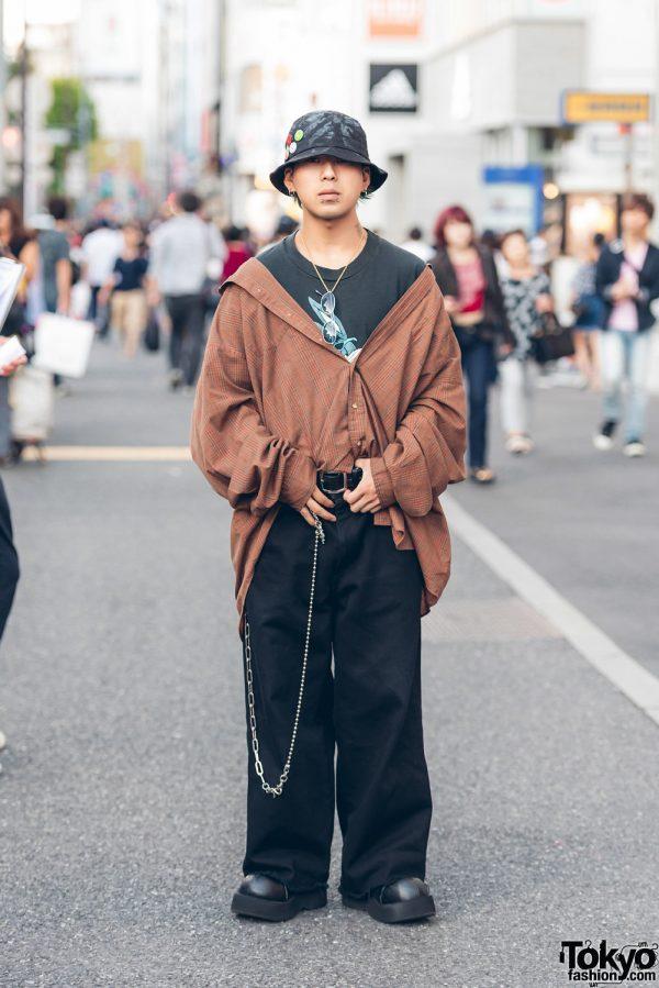 Harajuku Guy in Vintage Oversized Fashion w/ Demonia Platform Shoes