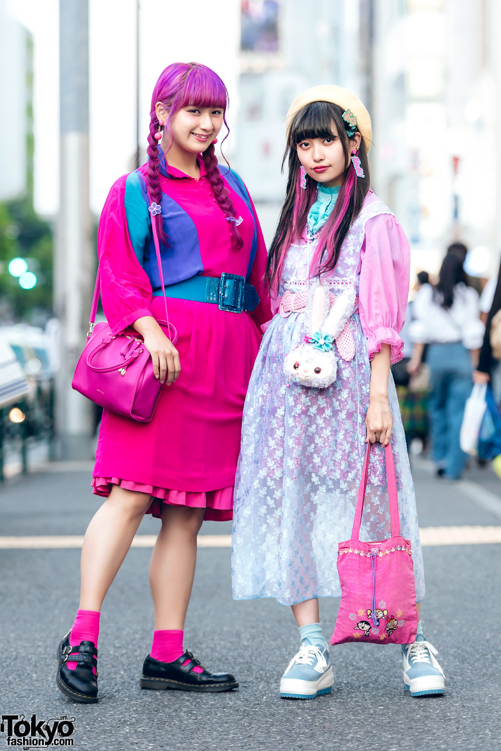 Harajuku Girls In Kawaii Pink & Pastel Fashion W/ RRR By