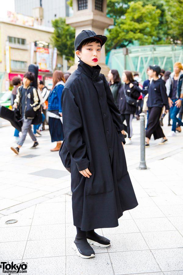 All Black Japanese Street Fashion w/ Yohji Yamamoto, UNIQLO, Balenciaga & Taboo