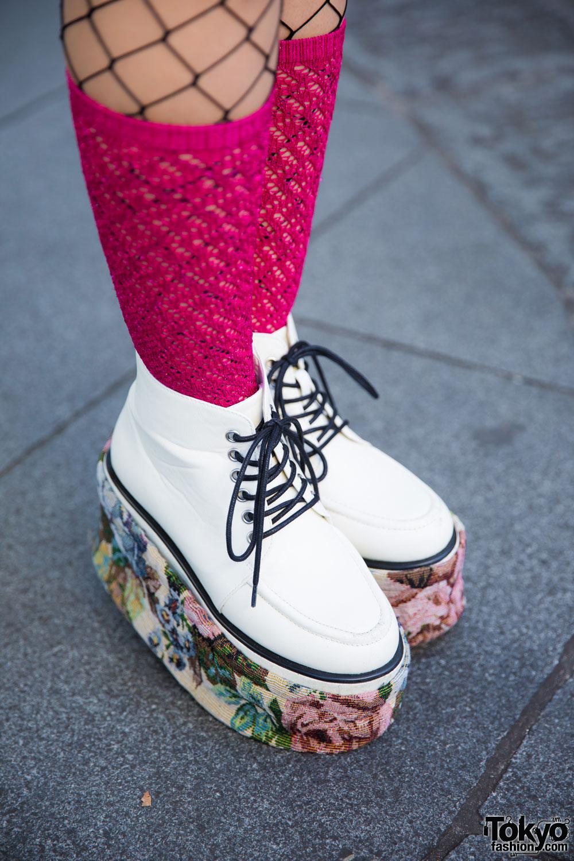 Harajuku Girl In Fun Street Style W Betty Boop Kimono