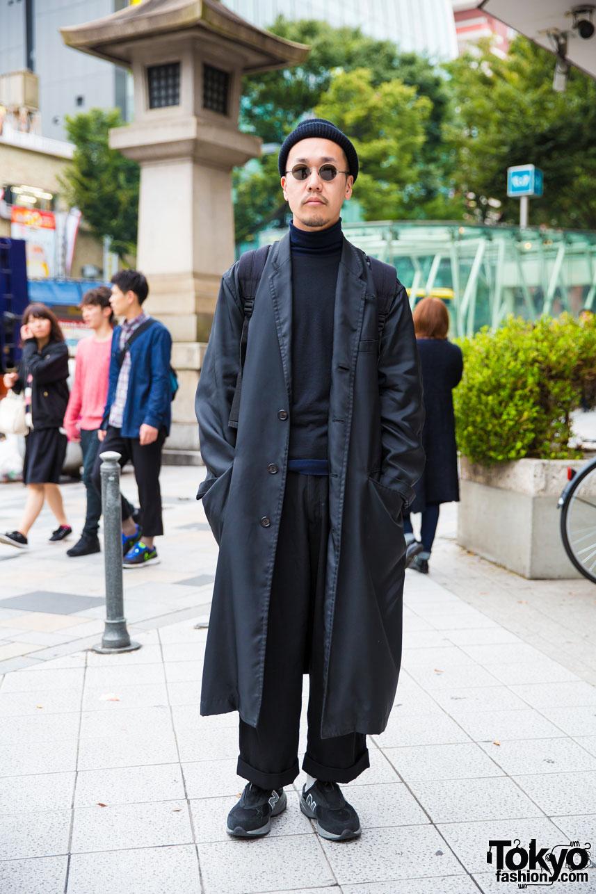 04904049b85fb All Black Japanese Street Style w  Maxi Coat