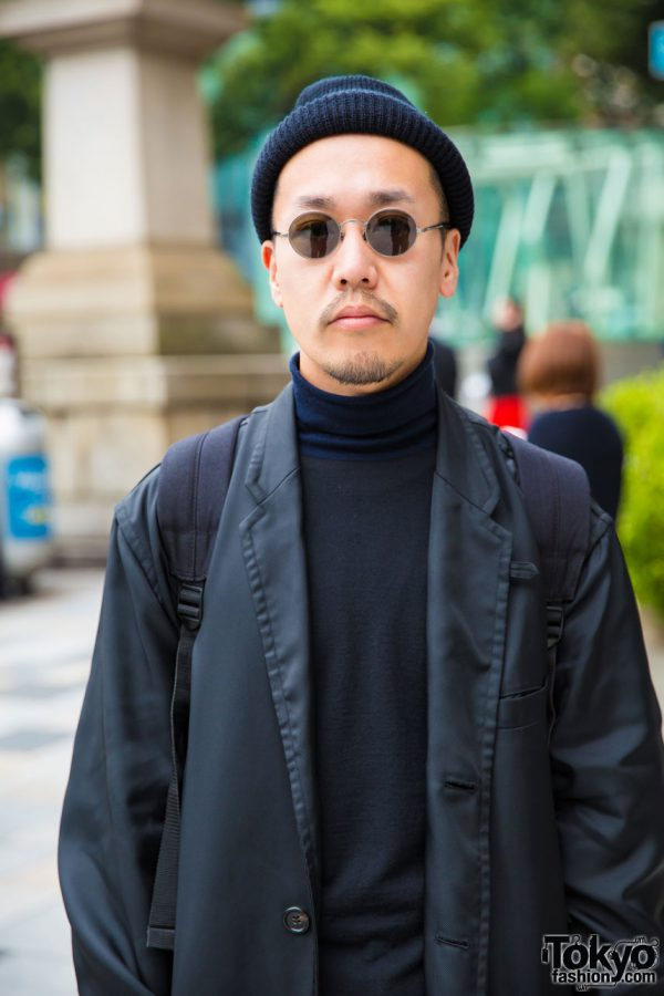 All Black Japanese Street Style w/ Maxi Coat, Round ...