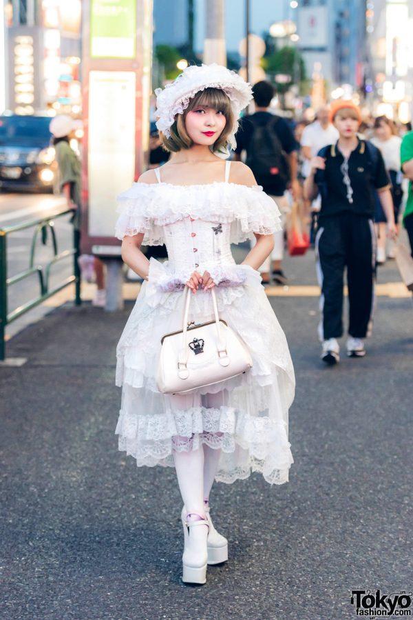 White Lolita Fashion in Harajuku w/ MR Corset, Na+H, Triple Fortune, Dangerous Nude & Baby, The Stars Shine Bright