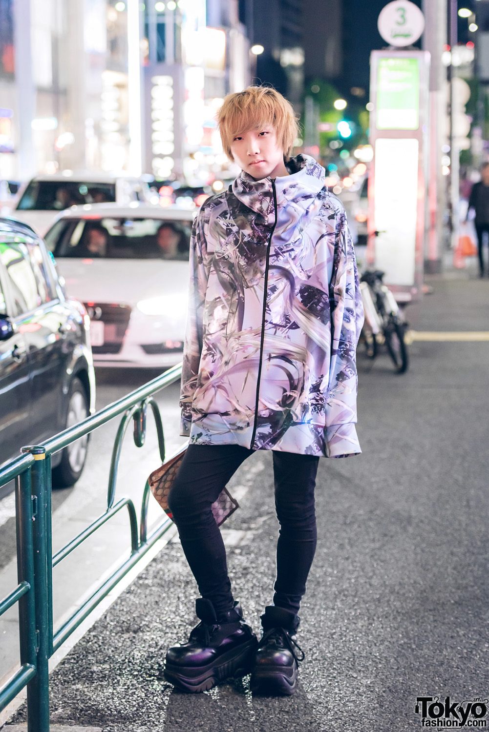 ec3f57caf9e Graphic Streetwear Style in Harajuku w  Balmung Hoodie