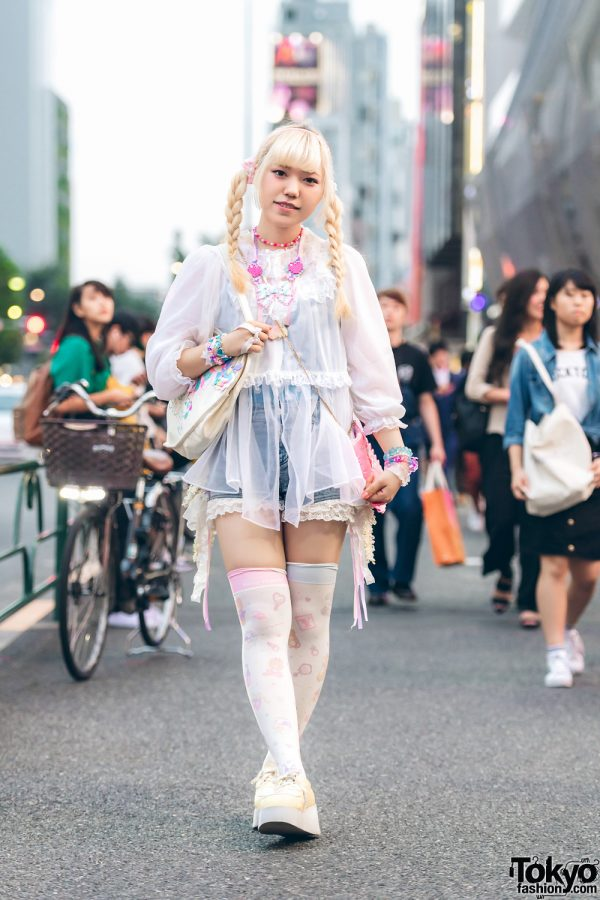 Blonde-Haired Harajuku Girl in Kawaii Fashion w/ Swankiss, Nile Perch, Sanrio, 6%DOKIDOKI, Compeitou & Fancy Surprise