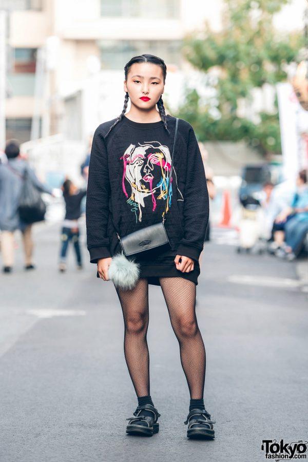Harajuku Girl in Minimalist All-Black Streetwear w/ Black Graphic Sweater & Velcro Sandals