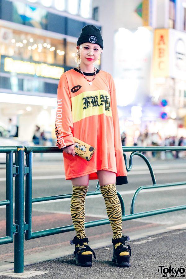 Striking Orange-and-Yellow Streetwear w/ Fresh Anti Youth Sweater, Printed Knee-High Socks & SpongeBob SquarePants Clutch