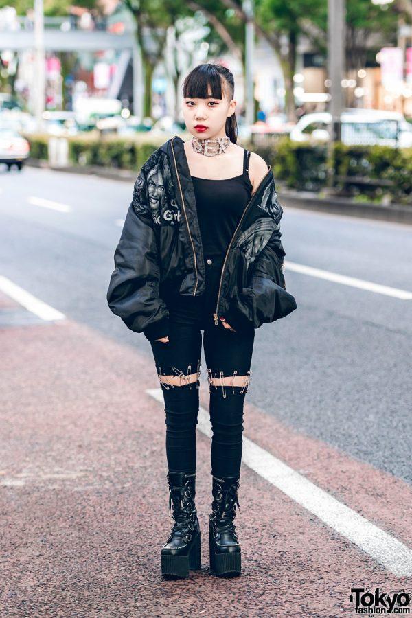 Harajuku Girl in All Black Streetwear w/ ILiL Tokyo, Dog Harajuku & Dolls Kill