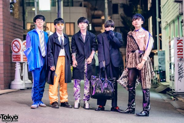 Harajuku Boy Group in Outerwear Street Styles w/ CDG, Adidas, Christian Dior, Vivienne Westwood, Vans, Dr. Martens, New Balance, Porter, LV, Versace & Fulioati