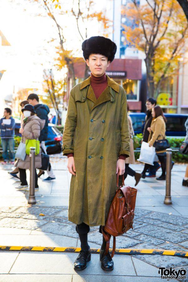 Harajuku Winter Style w/ Black Fur Hat, Uniqlo Turtleneck & Barbour Coat