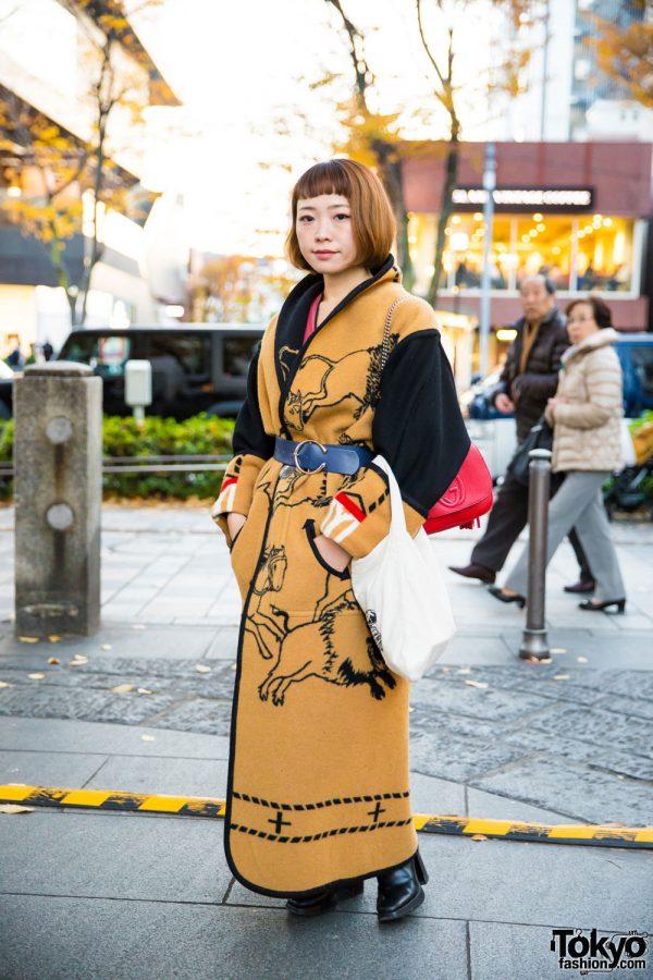 Harajuku Girl in Stylish Vintage Street Fashion w/ Zara, Gucci & Maison Margiela
