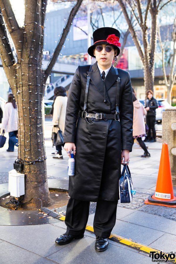 All-Black Avant-Garde Street Style w/ Comme des Garcons, Raf Simons, Alden, Chrome Hearts, Ambush & Gucci