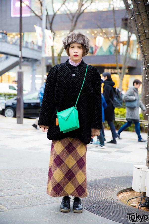 Stylish Harajuku Girl in Vintage Items and Sugar Sugar Shoes
