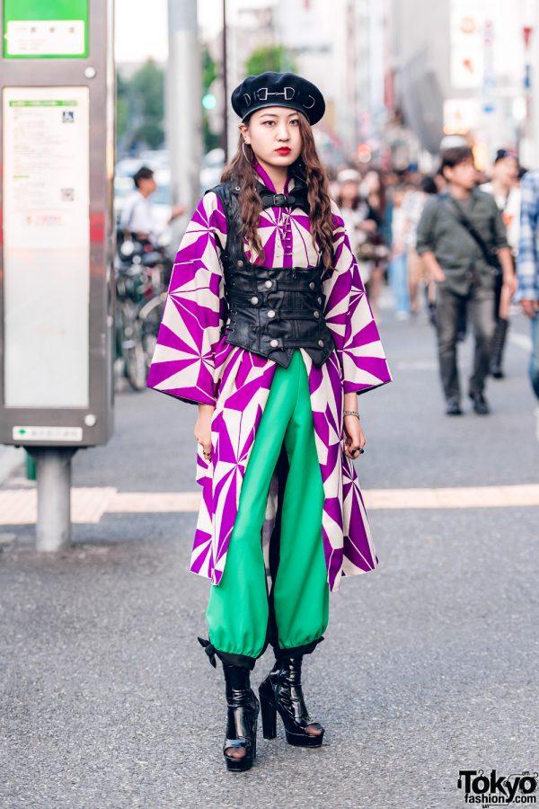 Harajuku Girl in Vintage & Black Leather Street Fashion