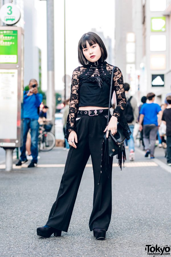 All-Black Street Style w/ Floral Lace Top, Wide-Legged Pants & Suede Platform Shoes