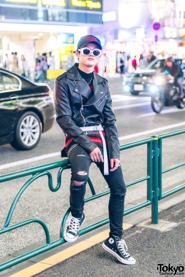 Harajuku Guy in Black Streetwear Fashion w/ Forever21, H&M, GU, Converse, Blind Reason & Cody Sanderson