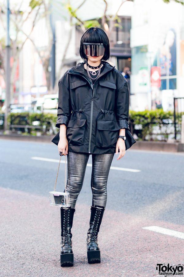 Japanese Teen in Dark Harajuku Fashion w/ Prega, Listen Flavor, H&M, Yosuke & Lilicious
