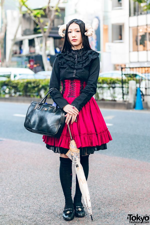 Horned Harajuku Girl in Gothic Lolita Fashion w/ Black Peace Now, Atelier Pierrot, Hamoon & Anna Sui
