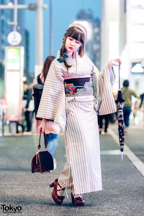 Japanese Striped Kimono Street Fashion by Mamechiyo w/ Mary Jane Bow Shoes & Hat