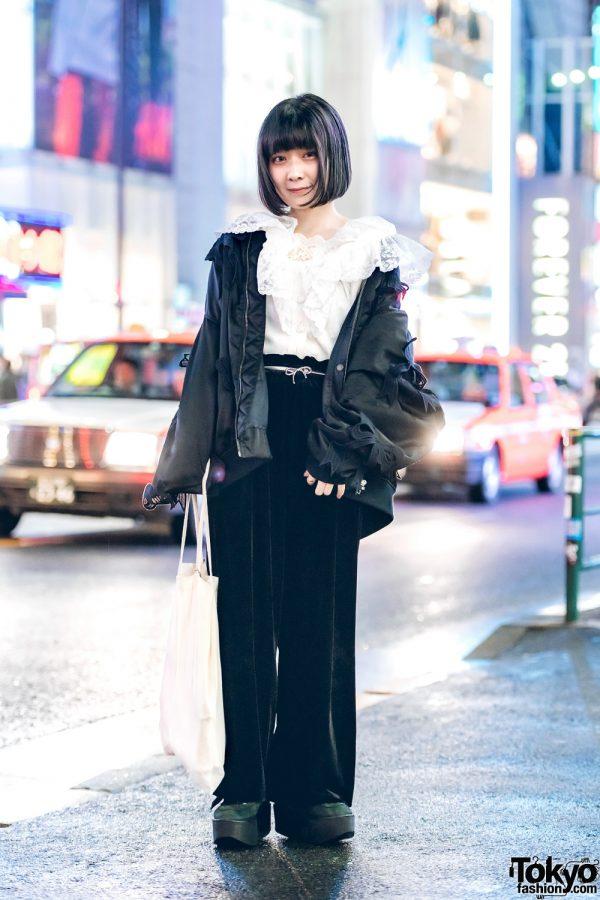 Harajuku Shop Staff in Black & White Minimalist Fashion w/ Mikio Sakabe, Hikari, GU, Muji & Tokyo Bopper