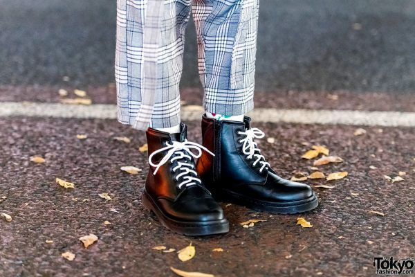 Vintage Zip-Up Boots with White Laces