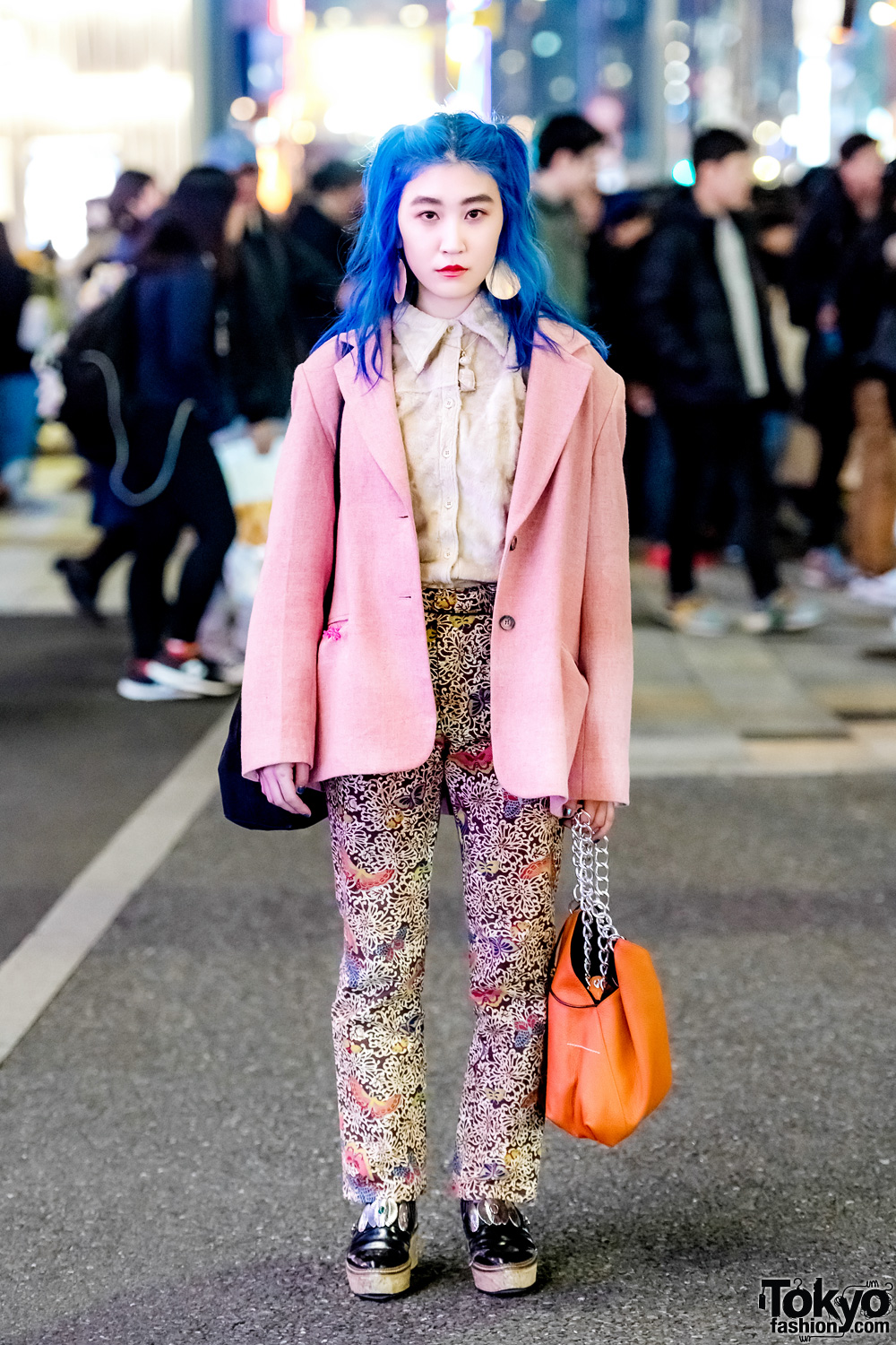 7a6c019a230 Blue-Haired Harajuku Girl in Pink Blazer