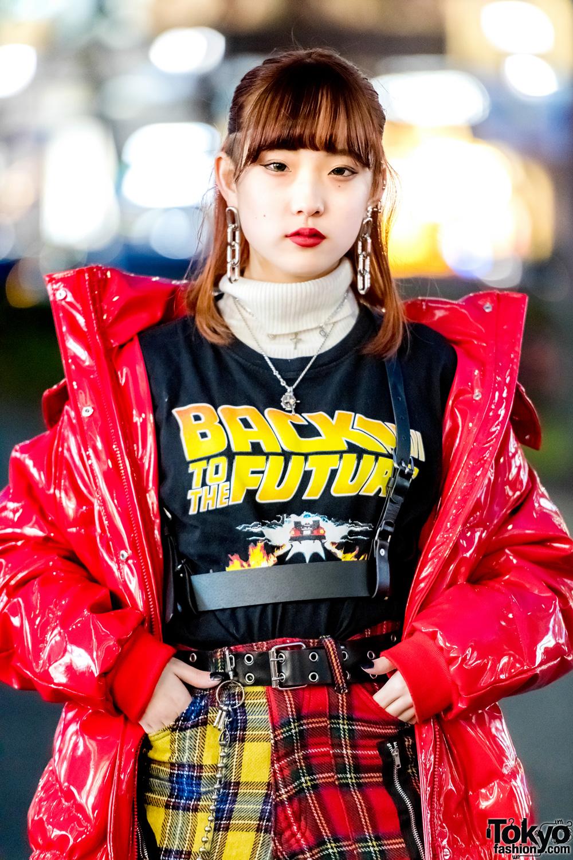 Harajuku Girl Trio In Streetwear Styles W/ Plaid Punk