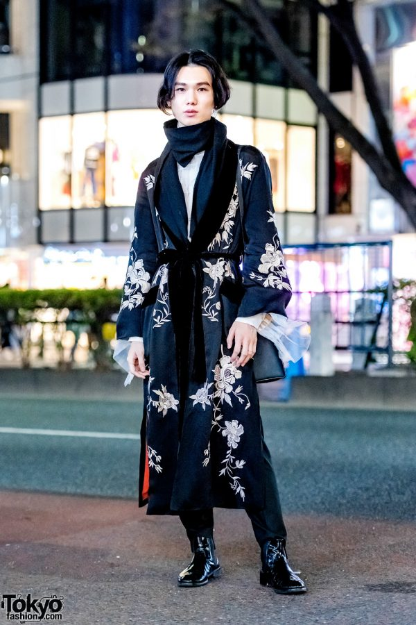 Long Black Coat w/ White Floral Embroidery Harajuku Streetwear Style