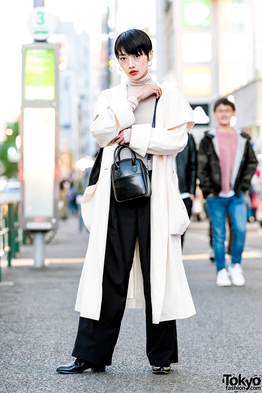 Japanese Model In Minimalist Street Style W Rito Maxi Coat Comme Des Garcons Leather Bag