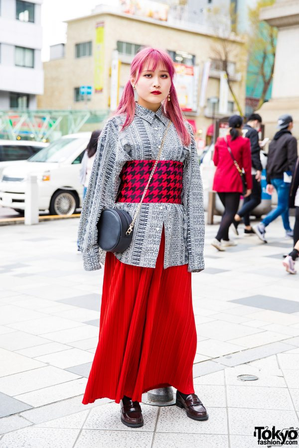 Pink-Haired Harajuku Girl w/ Printed Top, Obi Belt, Red Pleated Pants & Loafers