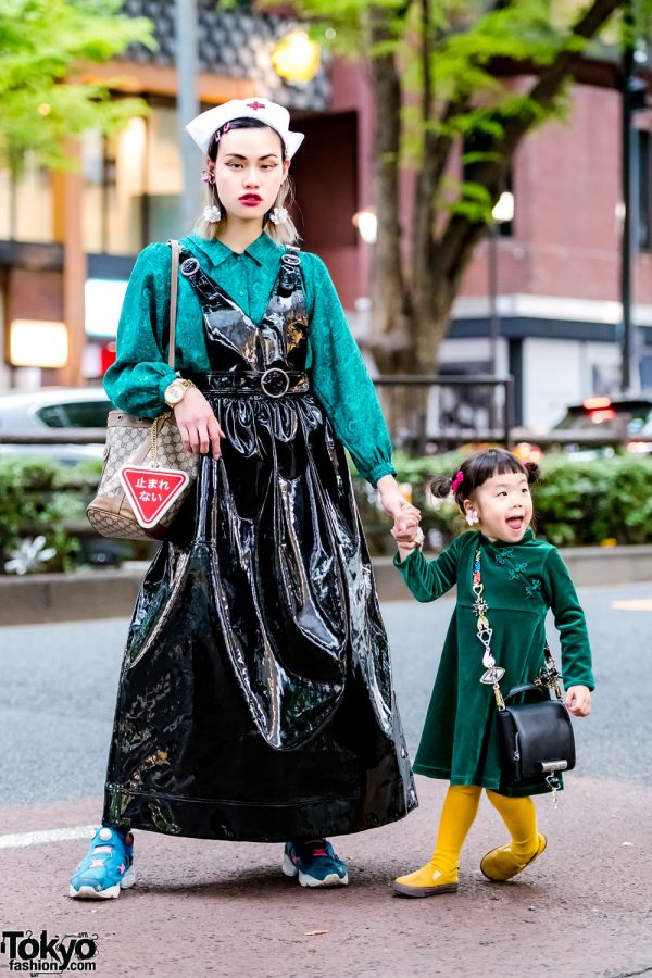 The Ivy Tokyo Jewelry Designer Mothers & Daughter Street Styles w/ Growing Pains, Vivienne Westwood & Gucci