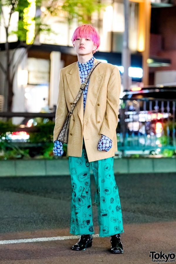 Harajuku Guy w/ Pink Hair & Mixed Prints Street Style w/ Plaid Blazer, Popcorn Top & Gucci Bag