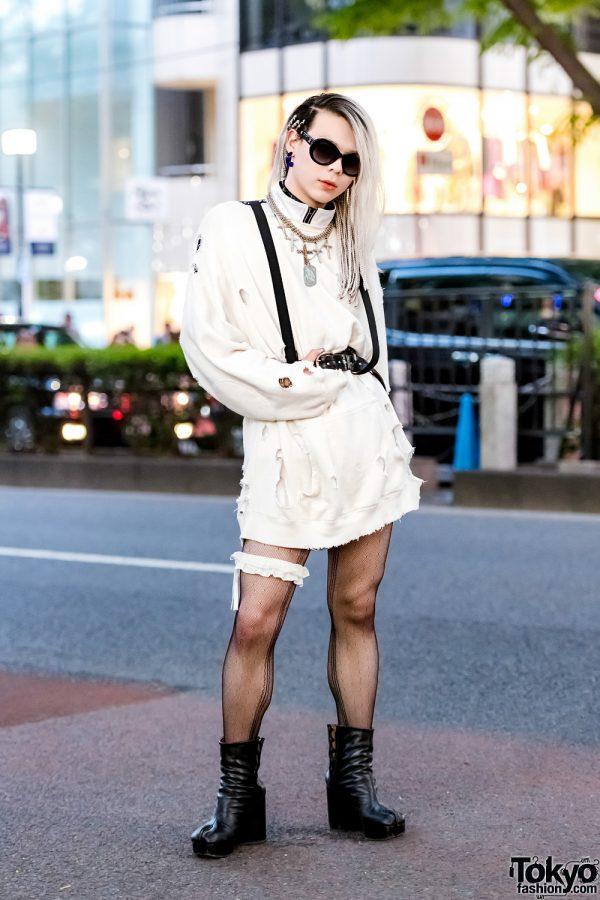 White & Black Tokyo Street Style w/ Ikumi, Maison Margiela Split Toe Boots & Givenchy Accessories