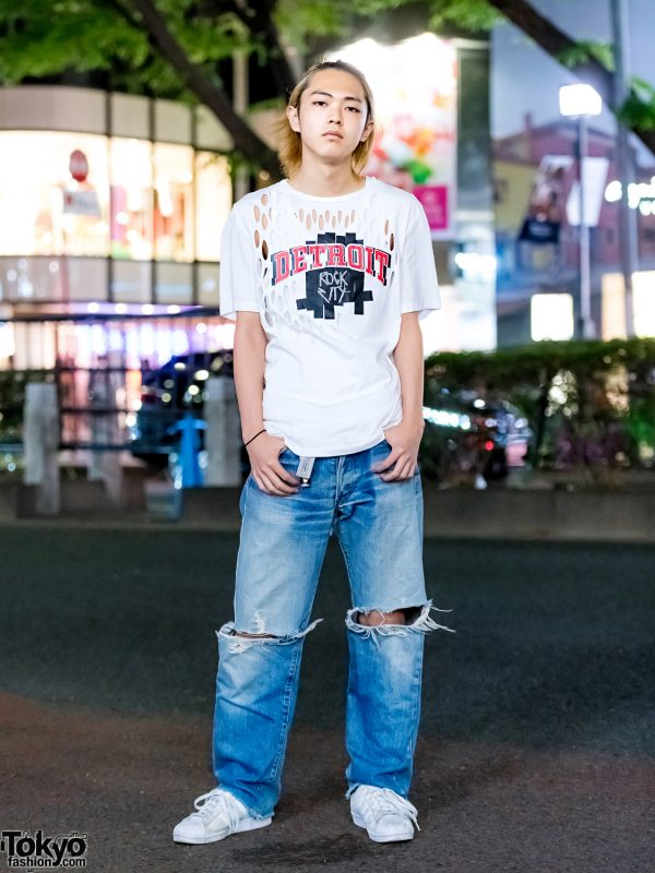 Casual Steetwear in Harajuku w/ Maison Margiela Cutout Shirt, Levi's Ripped Jeans & Adidas Sneakers