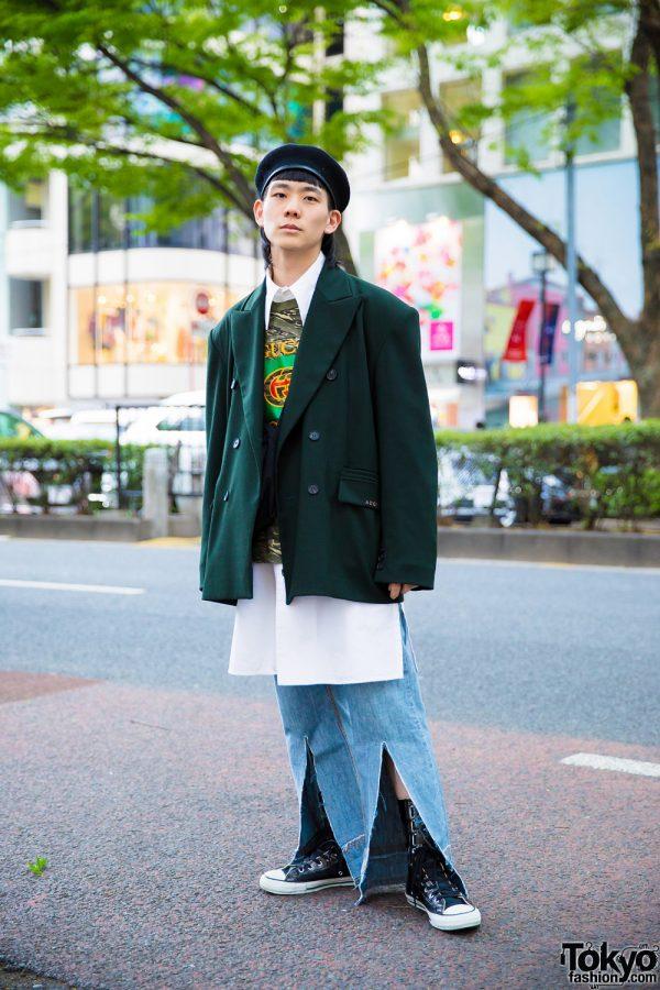 Harajuku Guy in Oversized Vintage Streetwear Style