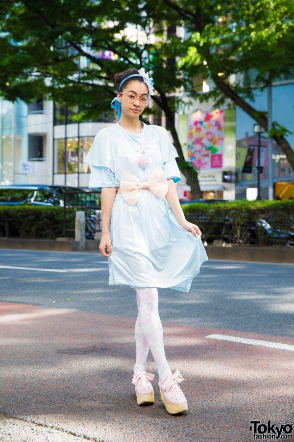Ribbons & Color-Coordinated Street Style w/ The Virgin Mary, Spinns, Tokyo Bopper & Listen Flavor