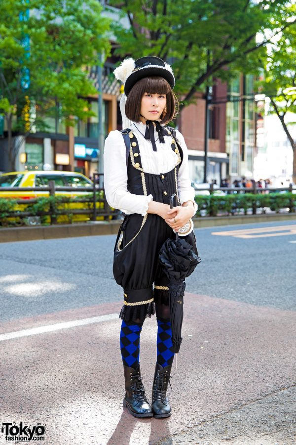 Harajuku Lolita & Steampunk Street Style w/ Alice And The Pirates Fashion & Parasol