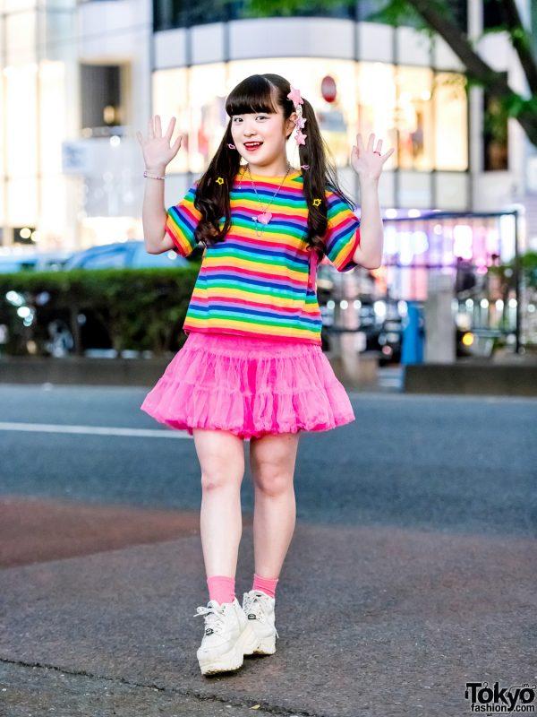 Twin-Tailed Harajuku Girl's Colorful Streetwear w/ WC, 6%DokiDoki, ACDC, Kiki2 & Yosuke